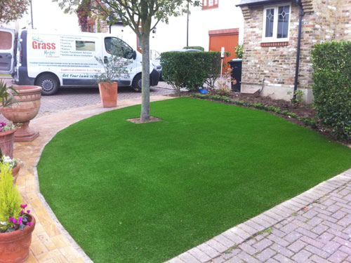 The Grass Master - Artificial Turf Installation